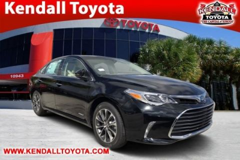 New 2018 Toyota Avalon Hybrid XLE Plus FWD 4D Sedan
