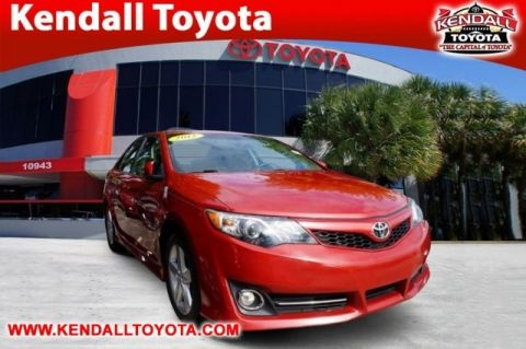 Pre-Owned 2012 Toyota Camry SE FWD 4D Sedan