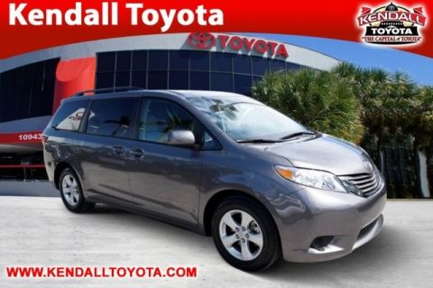 Certified Pre-Owned 2017 Toyota Sienna LE FWD 4D Passenger Van