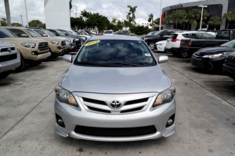 Pre-Owned 2013 Toyota Corolla S FWD 4D Sedan