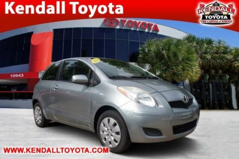 Pre-Owned 2011 Toyota Yaris  FWD 3D Hatchback