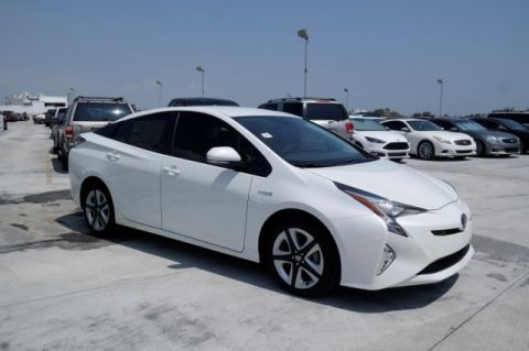 New 2017 Toyota Prius Four Touring FWD 5D Hatchback