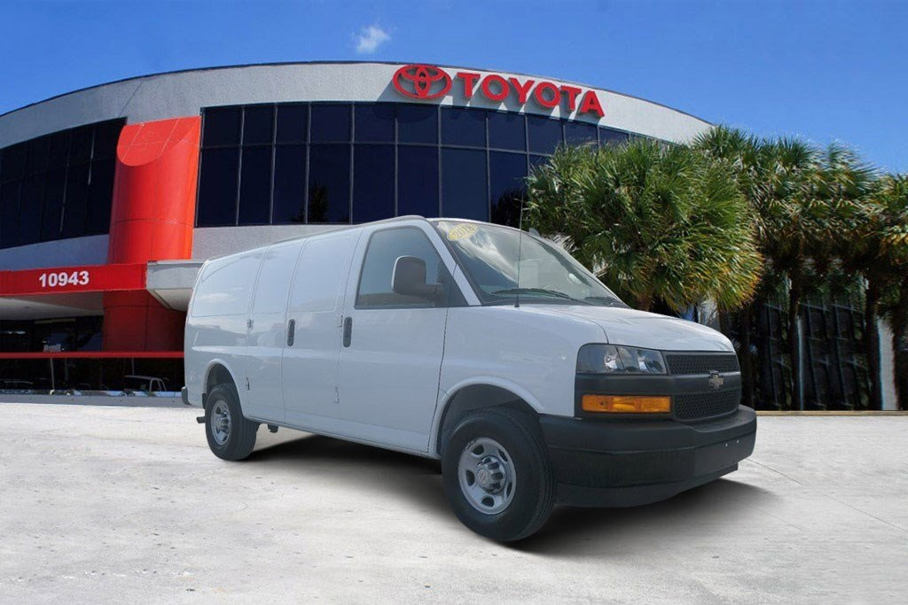 a0d28e5673be48 Used 2018 Chevrolet Express 2500 Work Van 3D Cargo Van in Miami ...