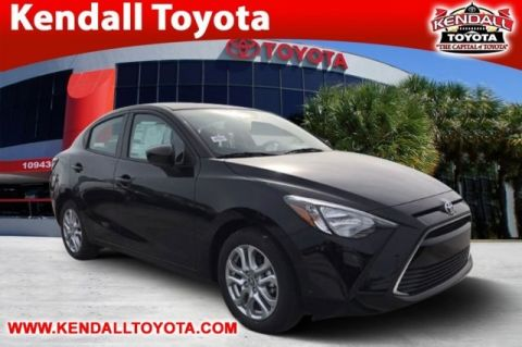 New 2018 Toyota Yaris iA FWD 4D Sedan